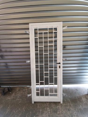 Puertas de paso exteriores en hierro