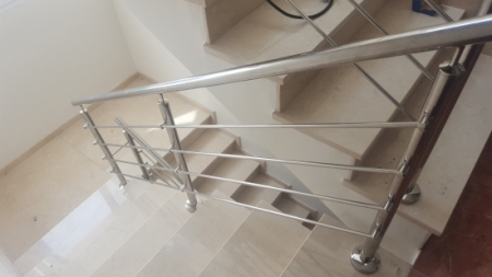 Stainless railing detail
