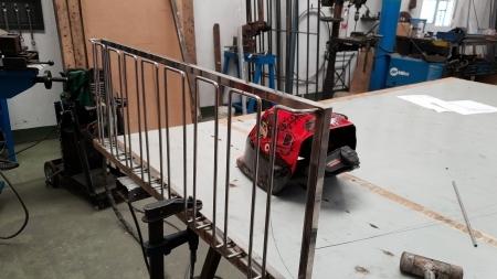 Steel cup hanger