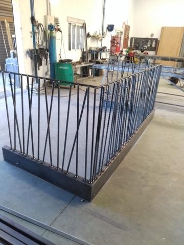Balcón de hierro rustico