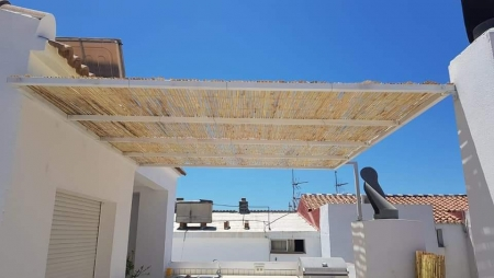 Metal fence pergola for terrace