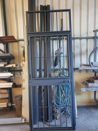Puertas de paso de hierro